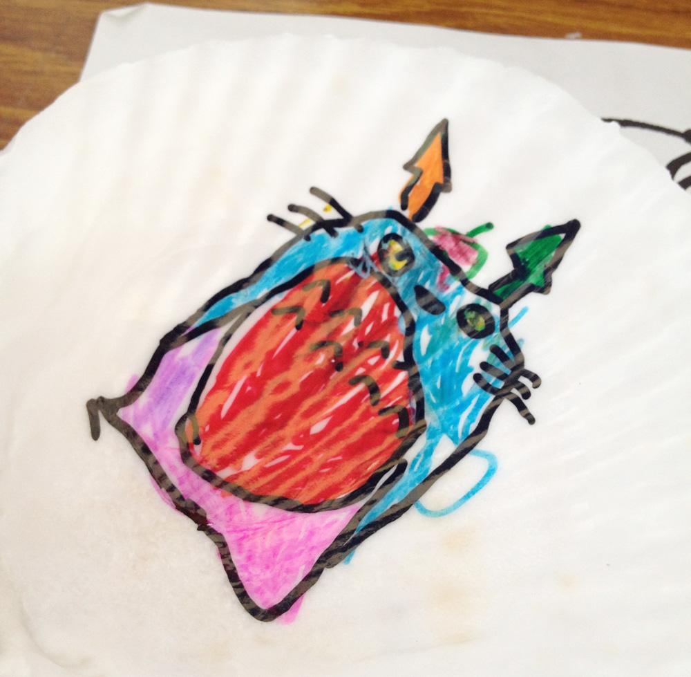なかなかインパクトのあるトトロを描いてくれました。